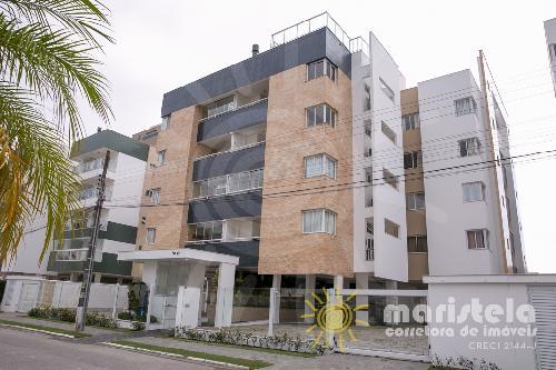 Apartamento bem localizado no Palmas do Arvoredo.