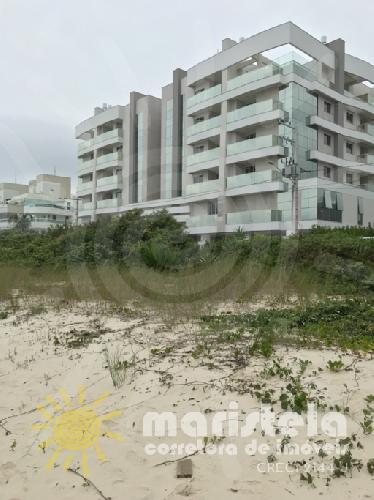 Apartamento frente mar.