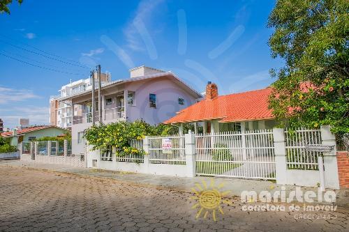 Casa com ótima localização em Palmas.